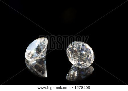 Reflecting Fake Diamonds