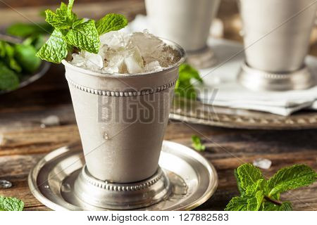 Cold Refreshing Classic Mint Julep