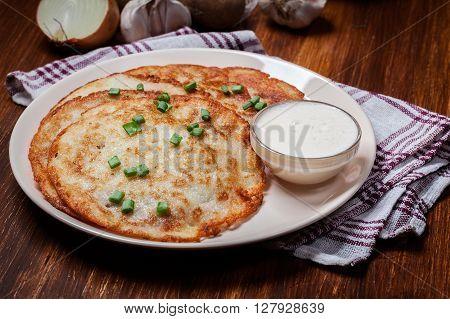 Potato Pancakes With Sour Cream