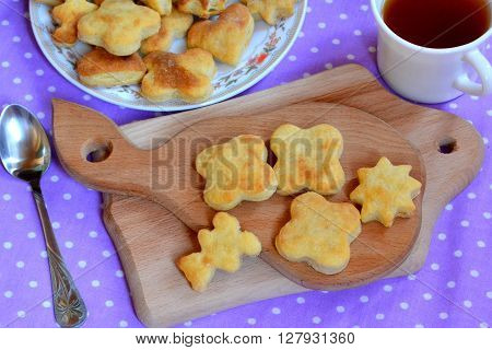 Cheese biscuits. Crispy homemade cakes. A Cup of coffee
