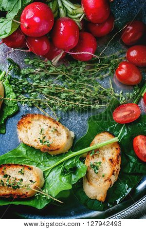 Fried Bread Croutons With Vegetables