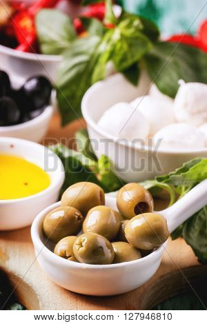 Antipasti Olives