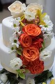 Постер, плакат: Cake Decorated With Butter cream Roses