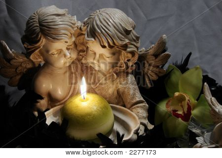 Angels_With_Candle