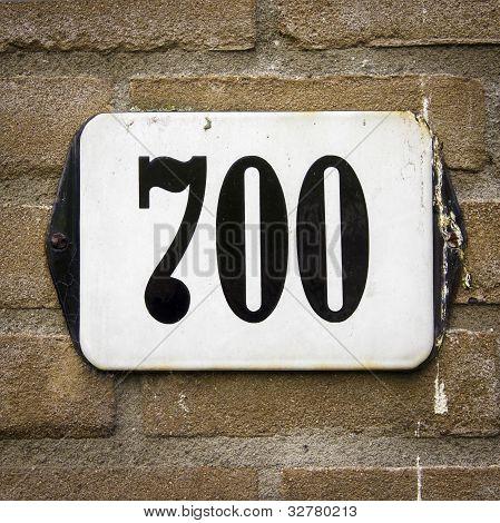 Nr. 700