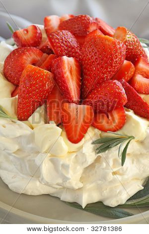 Strawberry Pavolva
