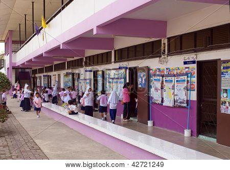 Public School In Thailand 3