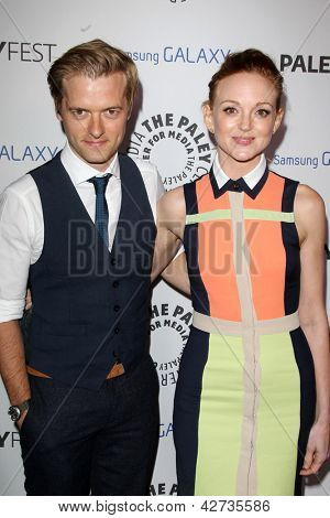 LOS ANGELES - FEB 27:  Adam Campbell, Jayma Mays arrive at the PaleyFest Icon Award 2013 at the Paley Center For Media on February 27, 2013 in Beverly Hills, CA