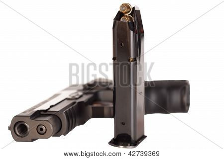 Semiautomatic pistol with magazine