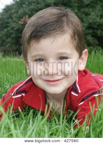 Boy Grass2