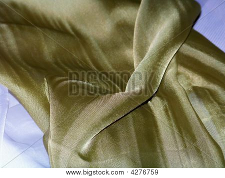 Green Ornamental Tablecloth