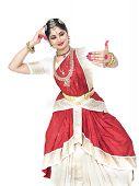 image of bharatanatyam  - pretty female Bharathanatyam dancer of Tamil nadu in South India - JPG