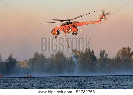 Air Crane Fighting Bush Fires
