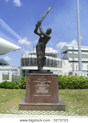 Garfield Sobers Statue