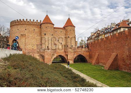 Barbican Gate, Warsaw