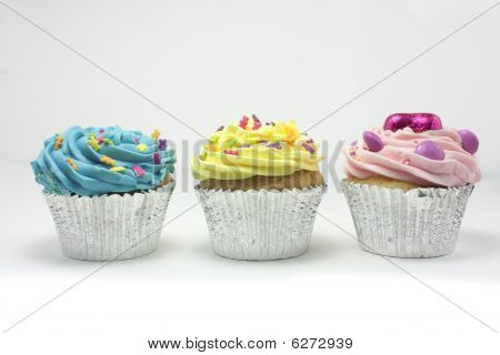 Three Cupcakes In A Row
