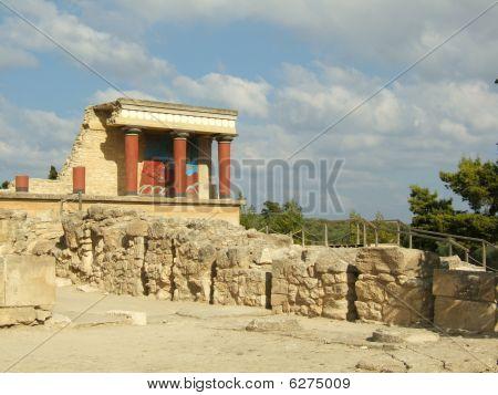 Ruins In  Minotaur  Labyrinth