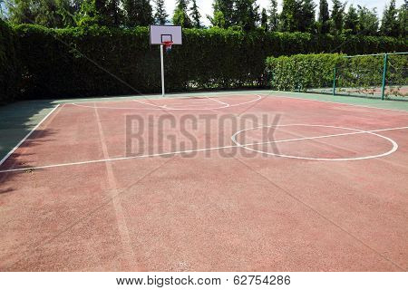 Outdoor Playground For Basketball