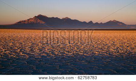 Sunset Bonneville Salt Flats Utah Silver Island Mountain Range