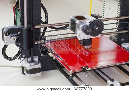 Three Dimensional Printer