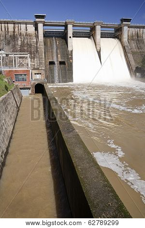 Signal indicative of prohibition in the dam of Puente Nuevo near Cordoba Andalusia Spain