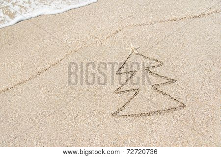 Christmas Tree Contour With Star And Wave On The Beach