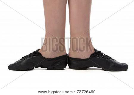 Image of dancer's feet