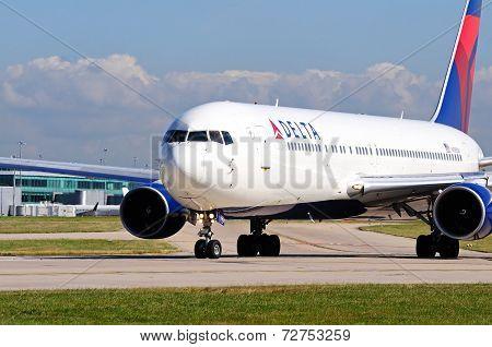 Delta Boeing 767-332ER.