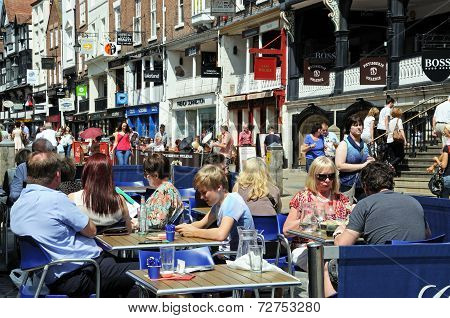 Pavement cafe along Bridge Street, Chester.