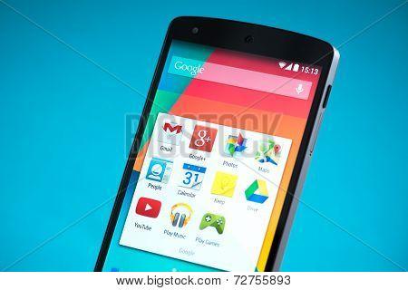 Google Nexus 5 Smartphone