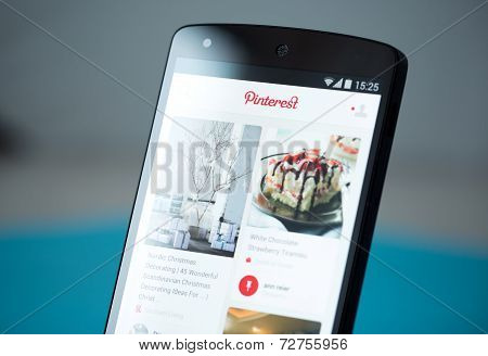 Pinterest Application On Google Nexus 5