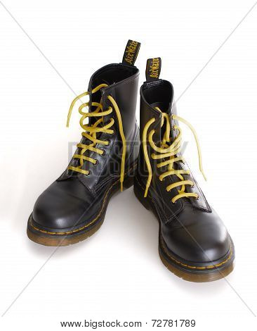 Classic Black Lace-up Boots With Yellow Laces