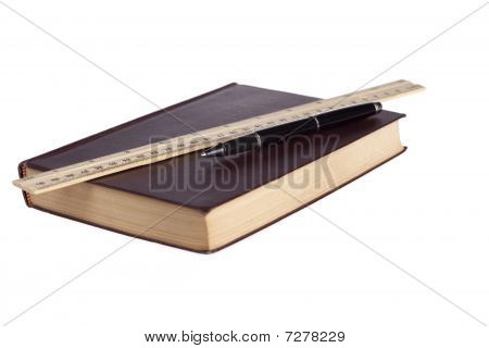 book ruler pen