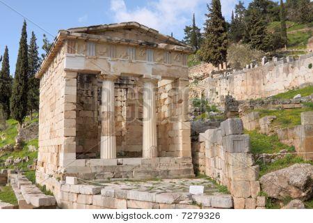 The Athenians Thesaurus In Delphi