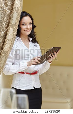 Image of smiling business woman at lunch
