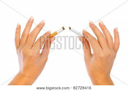 Breaking a cigarette