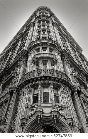 New York Building - Facade And Architectural Details - Black & White