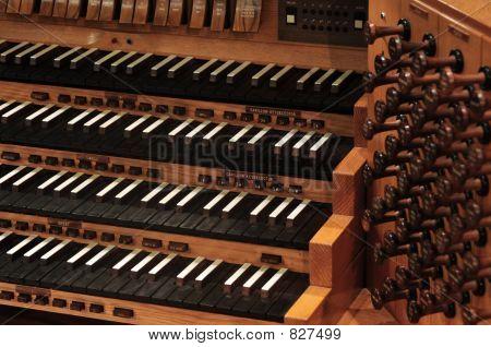 Orgel-Tastatur