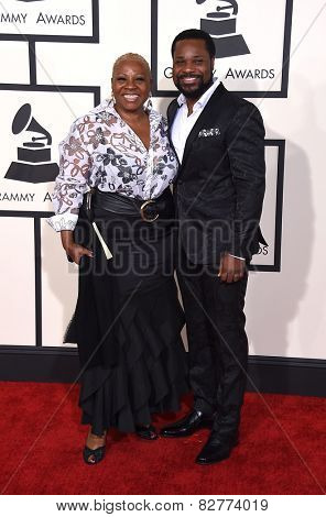 LOS ANGELES - FEB 08:  Malcolm-Jamal Warner & Pamela Warner arrives to the Grammy Awards 2015  on February 8, 2015 in Los Angeles, CA