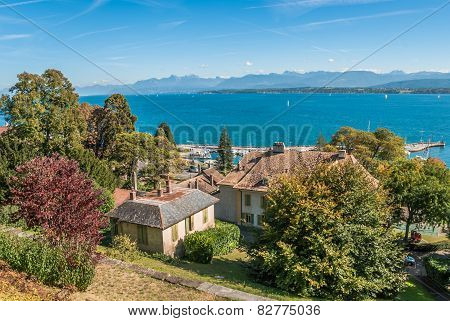 Luxury properties on lake shore of Lake Geneva, Switzerland