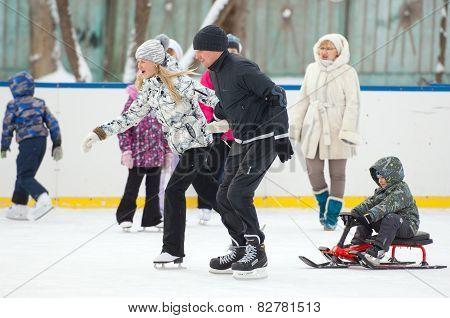 Family Run With A Sledge