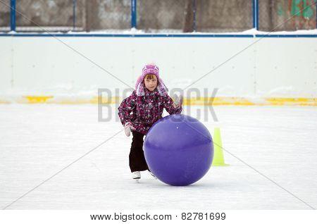 Girl Run With A Ball