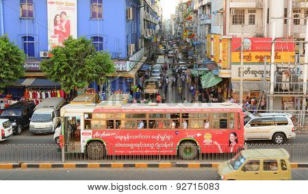 Sule Boulevard With Bogyoke Market In Yangon