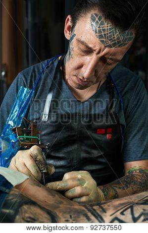 Tattoo Artist Draw A Tattoo