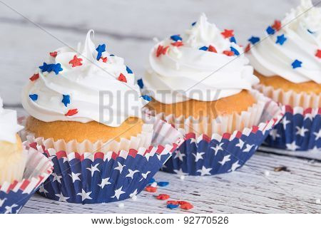 Patriotic Cupcakes With Sprinkles