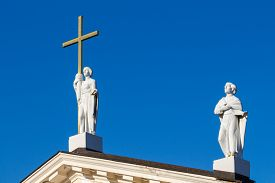 picture of stanislaus church  - Sculptures on the roof of the Cathedral of St - JPG