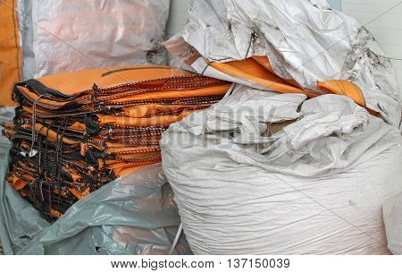 durable bags for stuffing bulk industrial products