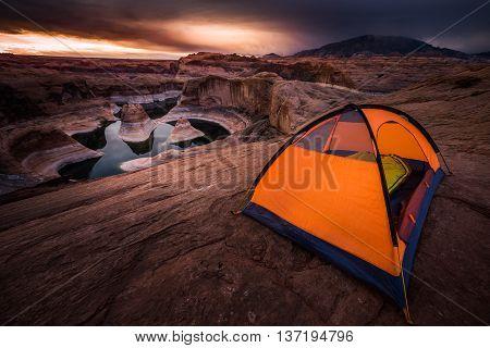 Remote Camping Lake Powell Reflection Canyon Utah Usa