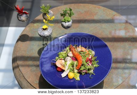 Special salad of shrimp squid and vegetables
