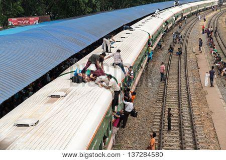 Dhaka Rail Station During Rush Hour